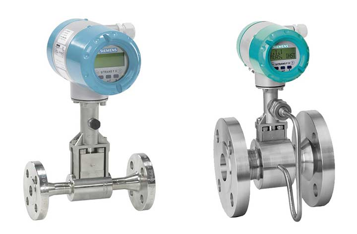 SITRANS FX300 Vortex Flowmeter 2 different angles with displays