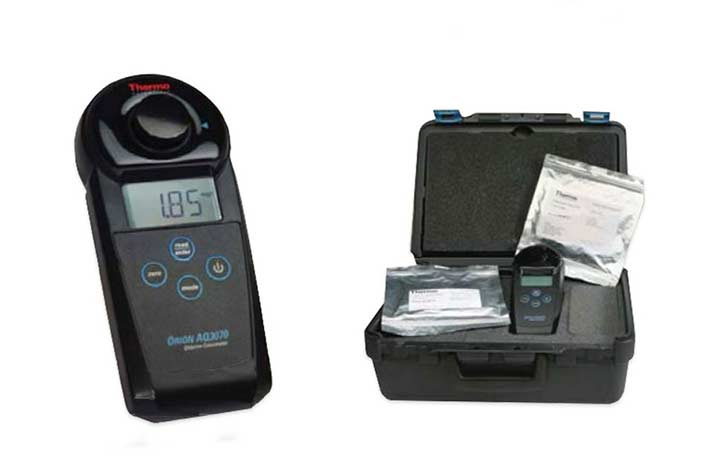 AQUAfast AQ3070 Chlorine Colorimeter and carry case