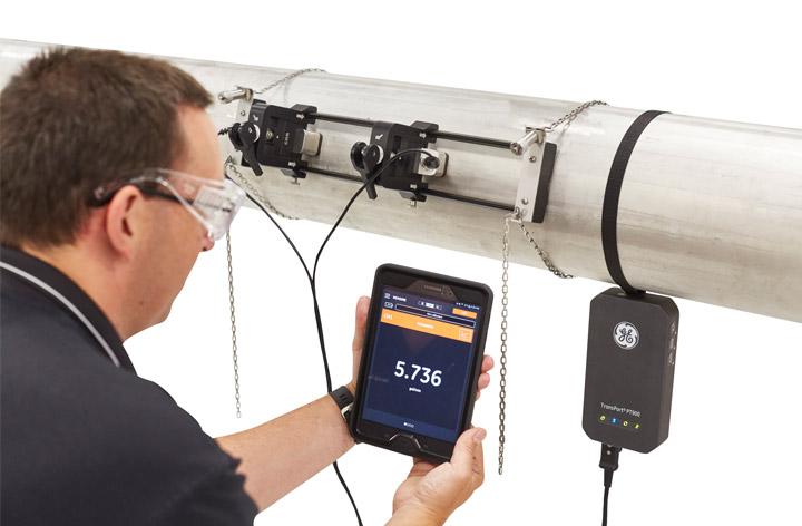 Panametrics AT868 Clamp On Flowmeter